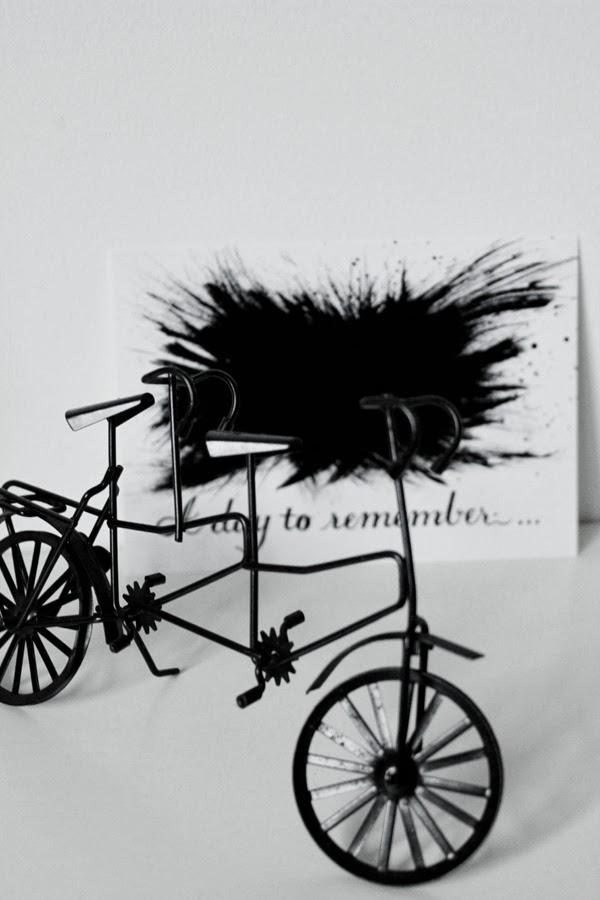 cykel inredningsdetalj, svart och vitt, vykort prints, inredning tavlor, design canvas varberg,