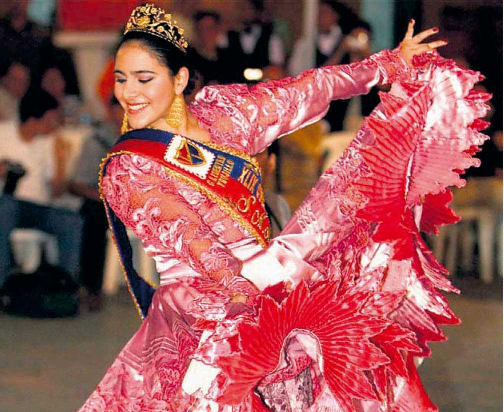 Excelente Mayo Vestidos De Reina Del Baile Colección - Ideas de ...