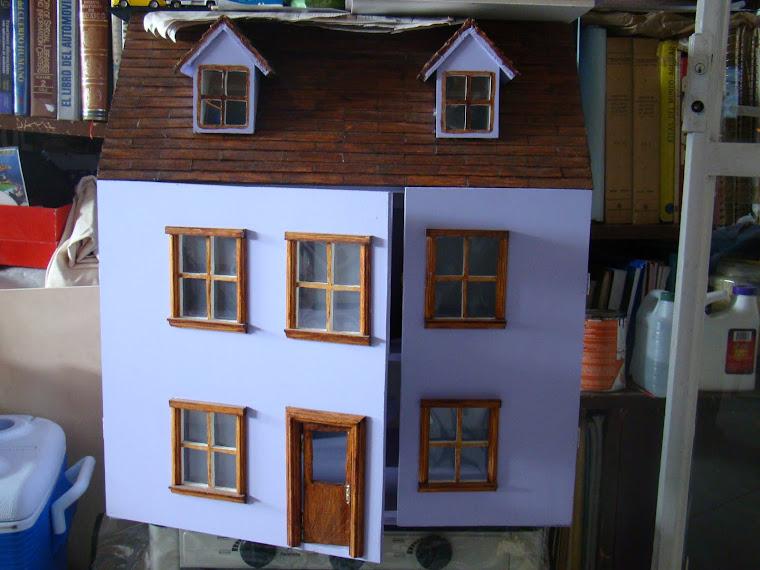 La casa del mueble en miniatura for Casa del mueble