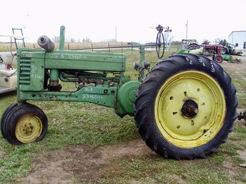 John Deere B tractor parts