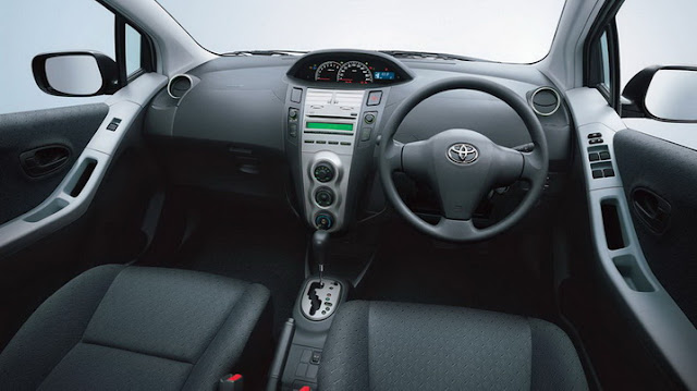 Interior Yaris 2012 J Automatic A/T