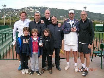 CAMPIO GIRONI SENIOR +45 INDIVIDUAL I DOBLES 2011 !!!