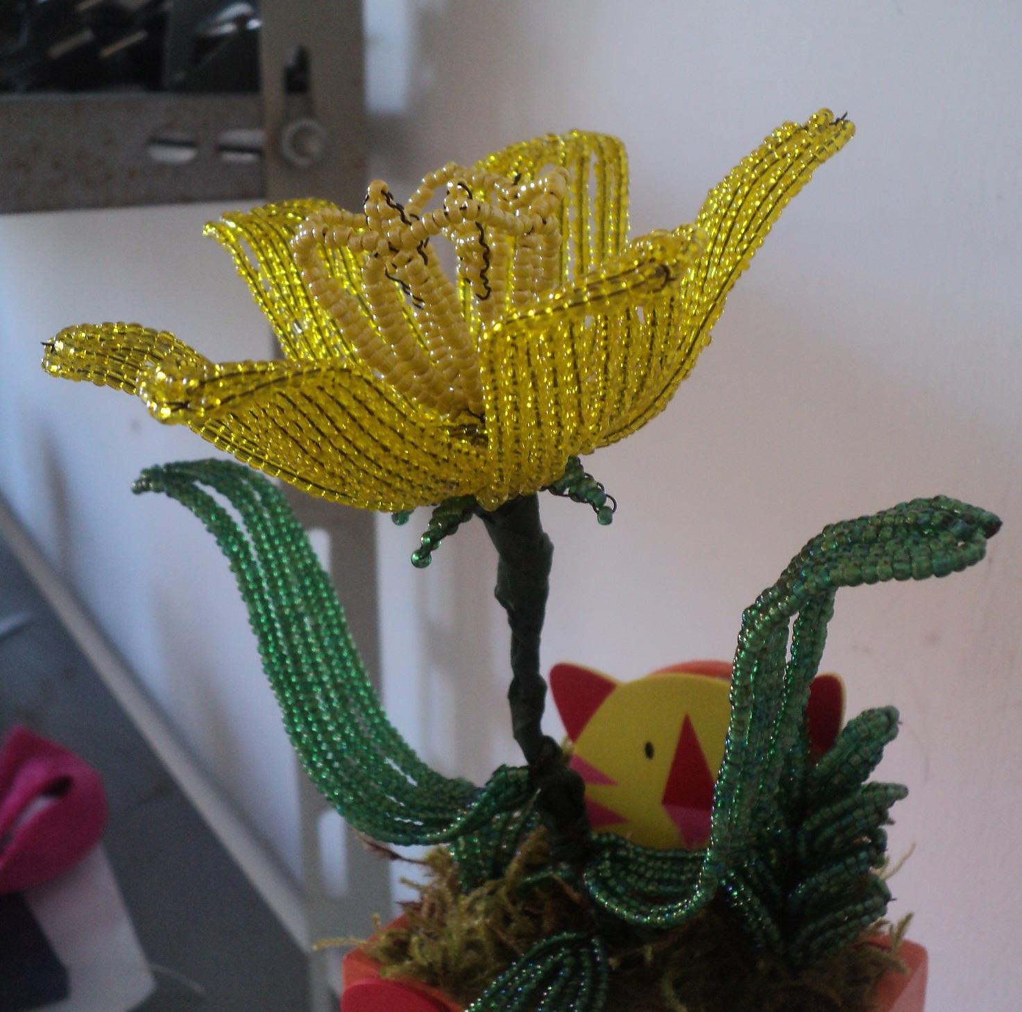 Fiori di perline by natascia narciso giallo di perline for Narciso giallo