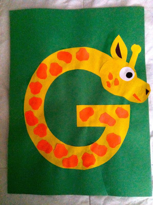 Miss marens monkeys preschool giraffe template giraffe template spiritdancerdesigns Gallery