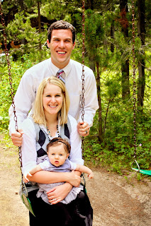 Family+pic+3+-+swingin.jpg