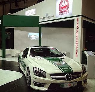 Mercedes SL63 AMG polizia Dubai