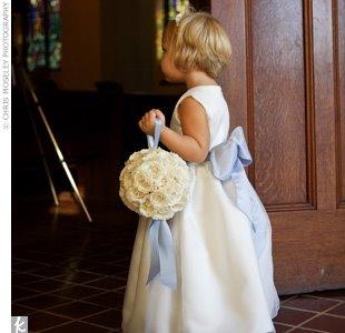 Porta alianças de casamento bola de flor