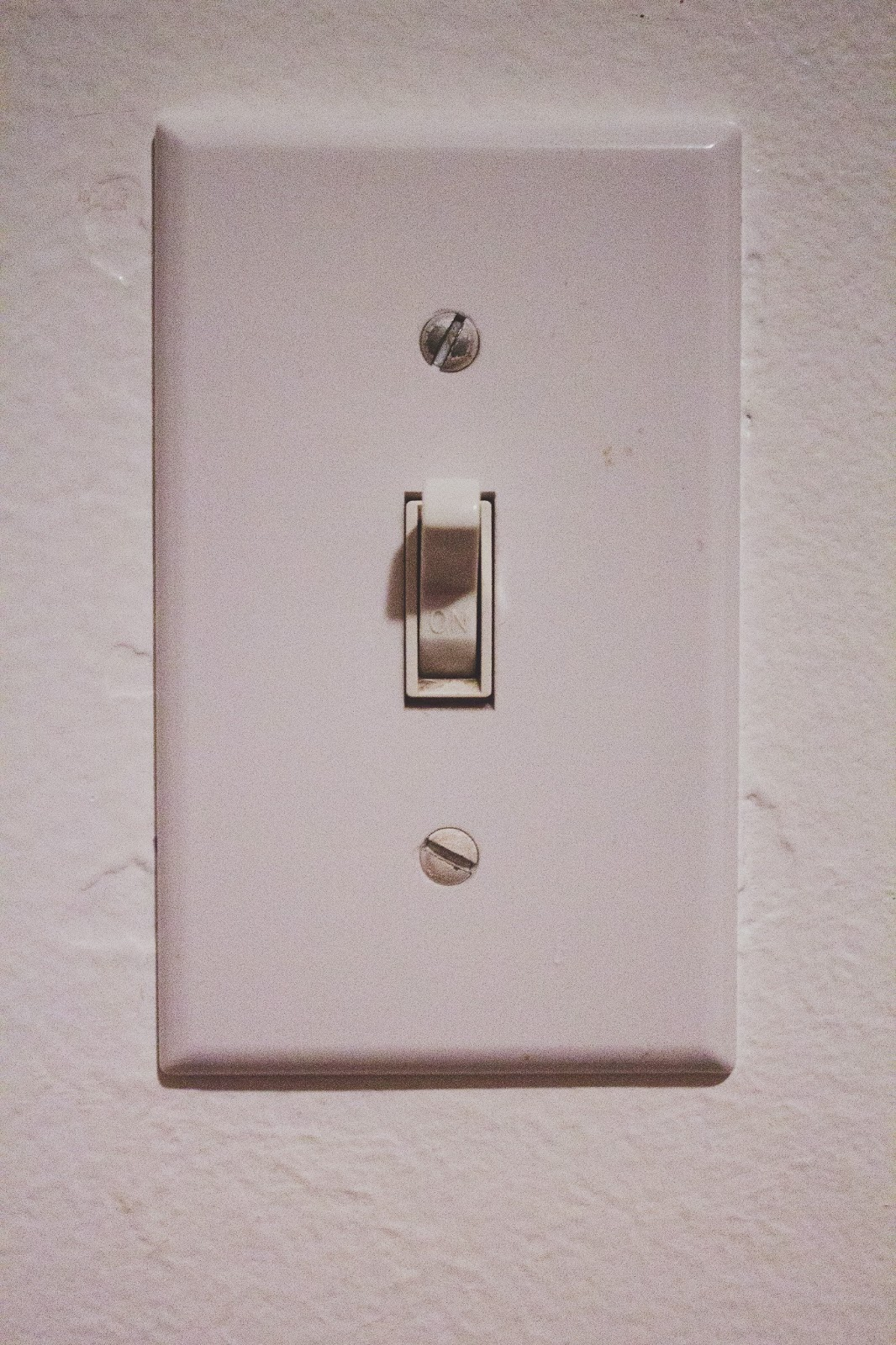 Sincerely Peachy  Diy Vintage Light Switch Plate