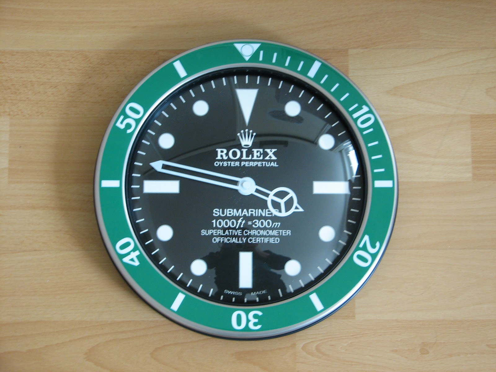 Fake rolex wallclocks and the authentic rolex wallclock watches and here you can take a look at a fake rolex wallclock amipublicfo Gallery