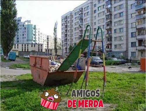 Amigos De Merda