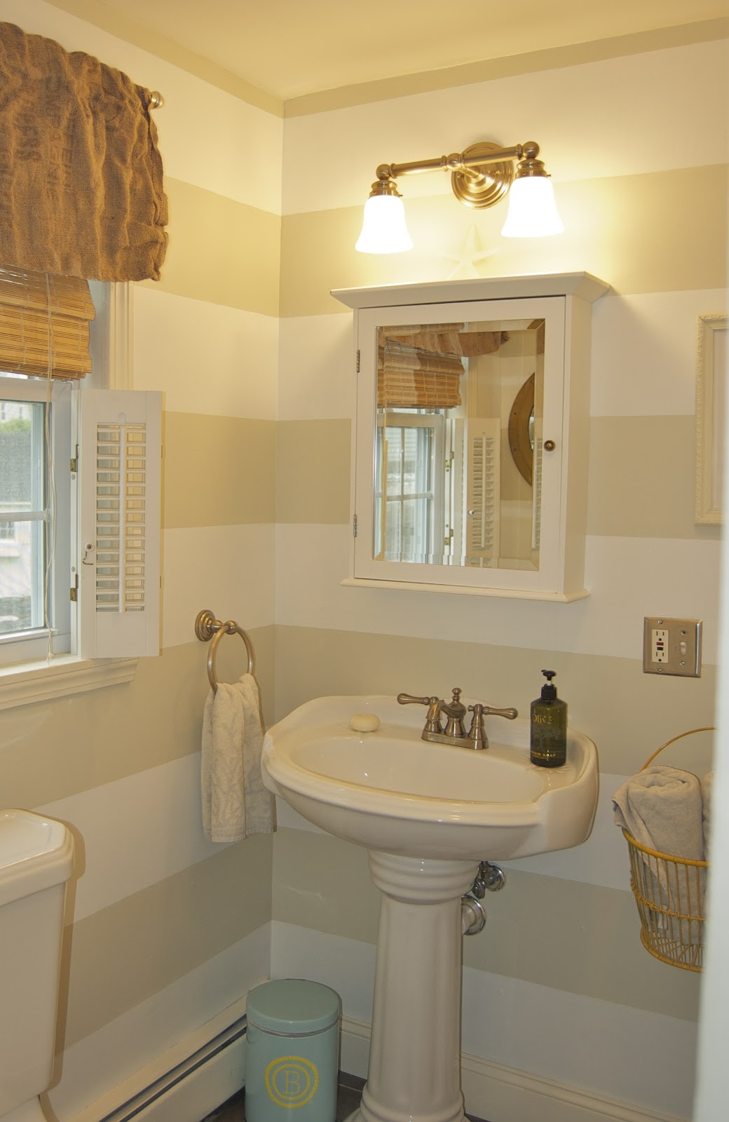 Bathroom Design Ideas With Stripes ~ Seaside shelter preppy striped bathroom