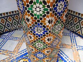 colonnes et riad en mosaique zellige traditionnel marocain. Black Bedroom Furniture Sets. Home Design Ideas