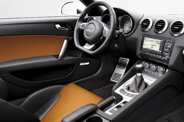 2011 Audi TTS Coupe Front Interior