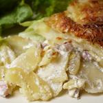 Gratin de pommes de terre aux lardons et aux oignons