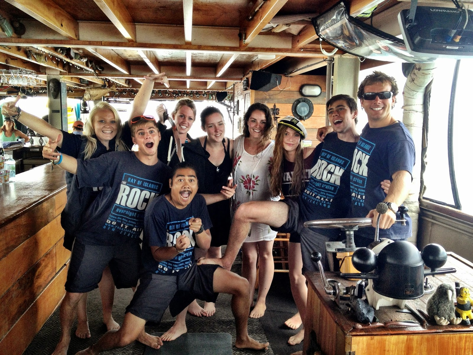 The awesome Rock houseboat team - Bay Of Islands - Topdeck Travel
