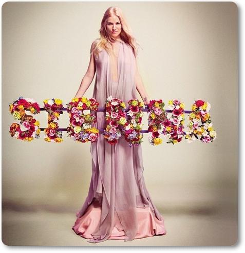 sienna miller flowers, oasis flower letters, sienna miller Vogue