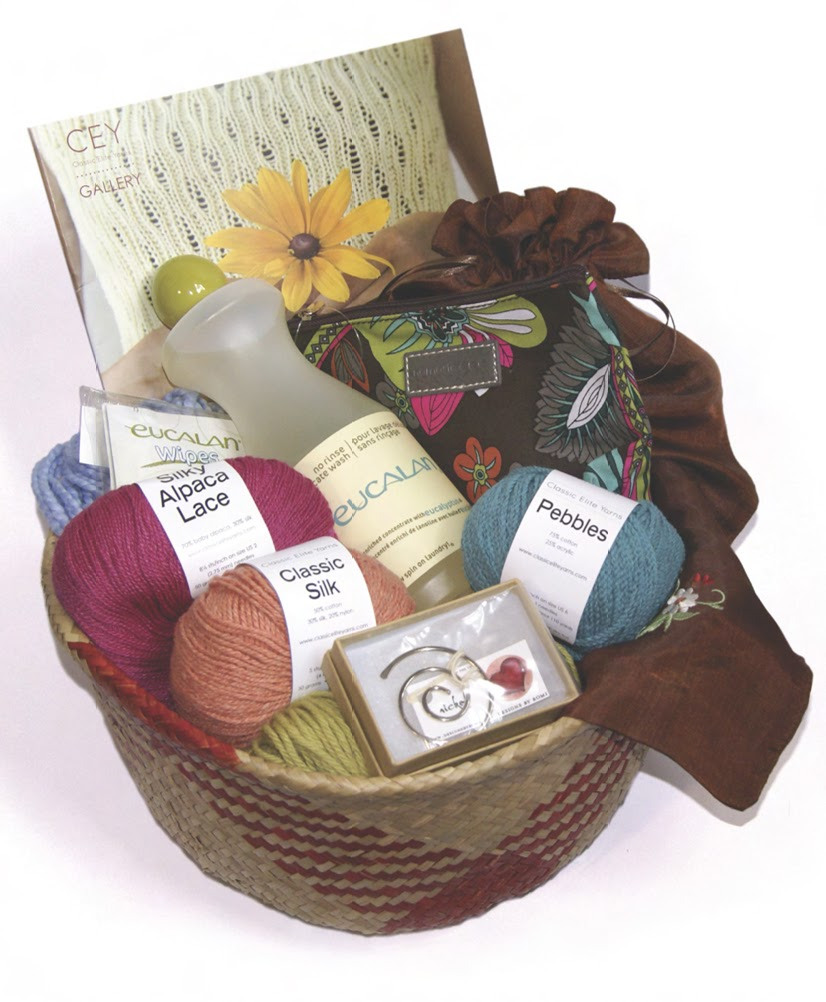 Knitting Gift Ideas : Gift baskets for knitters ftempo