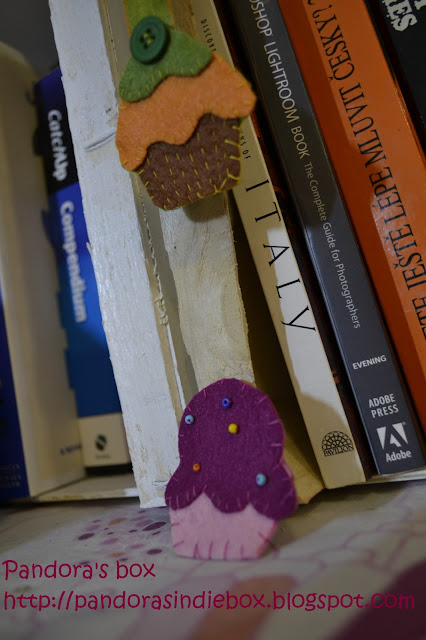 Handmade felt brooch and bookmark