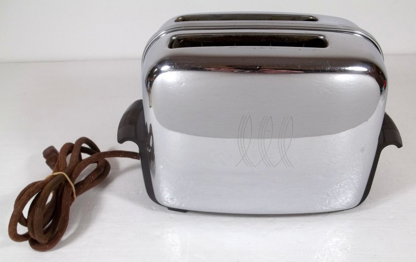 Electric Toaster History ~ Vintage toastmaster automatic pop up toaster the history