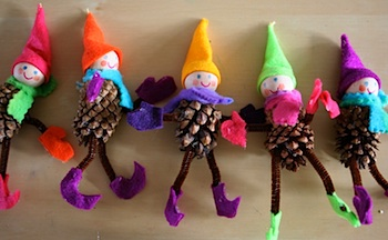 pipe cleaner limbs are colorfully decorated with felt which is easy to