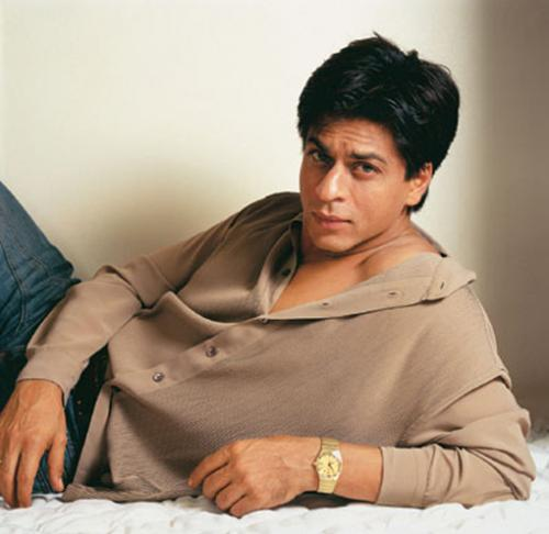 shahrukh khan 8375 srk photo Shah Rukh Khan, still a Badshah? srk Shahrukh Khan shah rukh khan king khan gauri khan celebrities bollywood