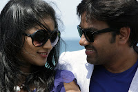 Latest Tamil Movie 'Sonna Puriyathu' Stills