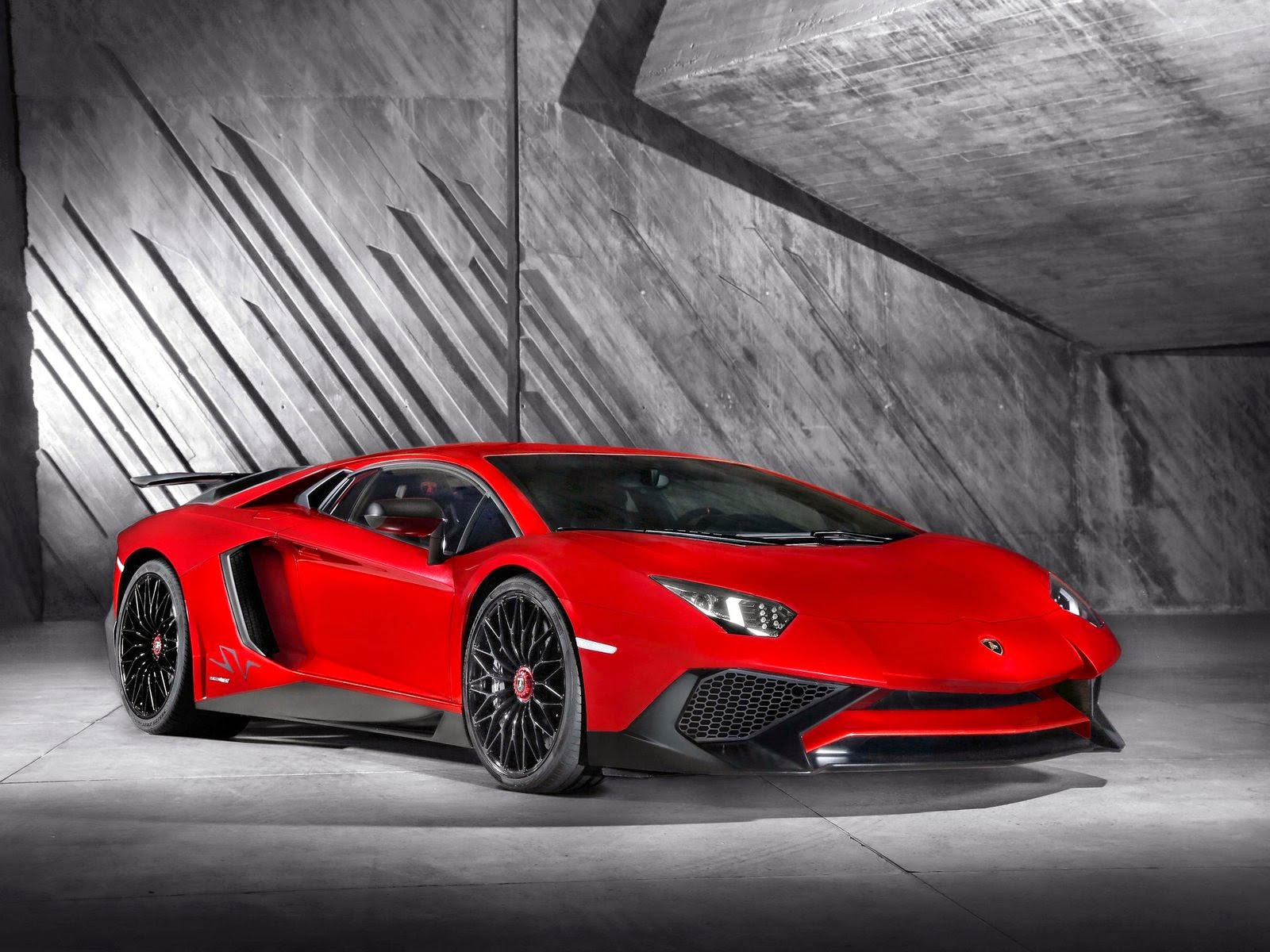 Lamborghini Aventador LP750 4 SV Wallpapers 藍寶堅尼�車桌布