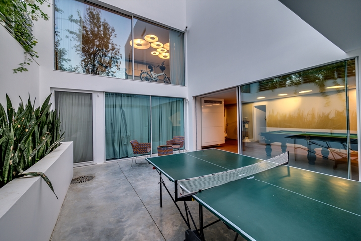 "Table tennis table in Modern Villa ""Cubes"" In Tel Aviv"
