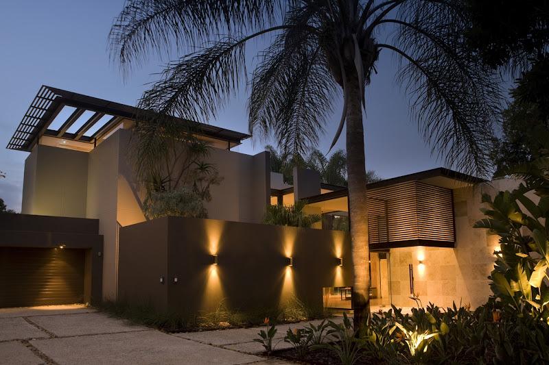 house by Nico Van Der Meulen Architects, Johannesburg, South Africa title=