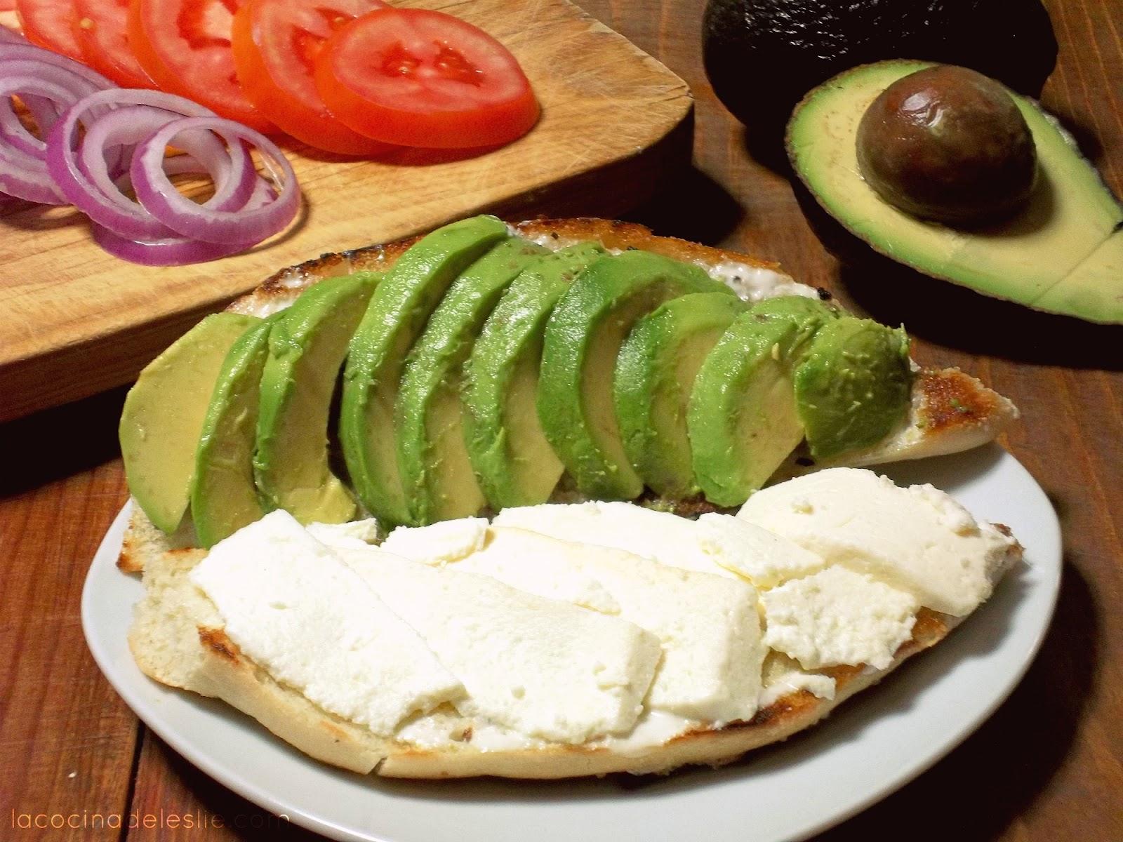 Lonche de Aguacate con Queso #amolosaguacates - La Cocina