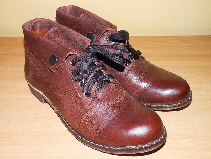 Cognac Autumn flat combat boots