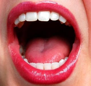 2 Mulut Wanita Yang Wajib Diberi Makan