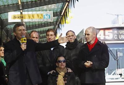 El Gobierno porteño dejó inaugurado el Metrobus de la 9 de Julio 0724_inauguracion_metrobus_g8_dyn.jpg_1853027551