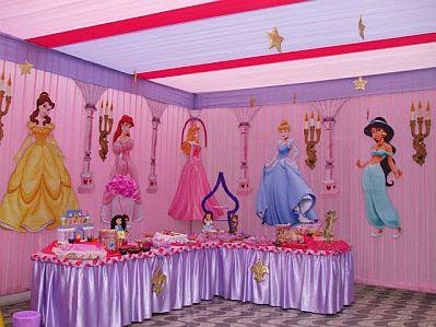 Fiestas infantiles de la bella durmiente for Decoracion de casas bellas
