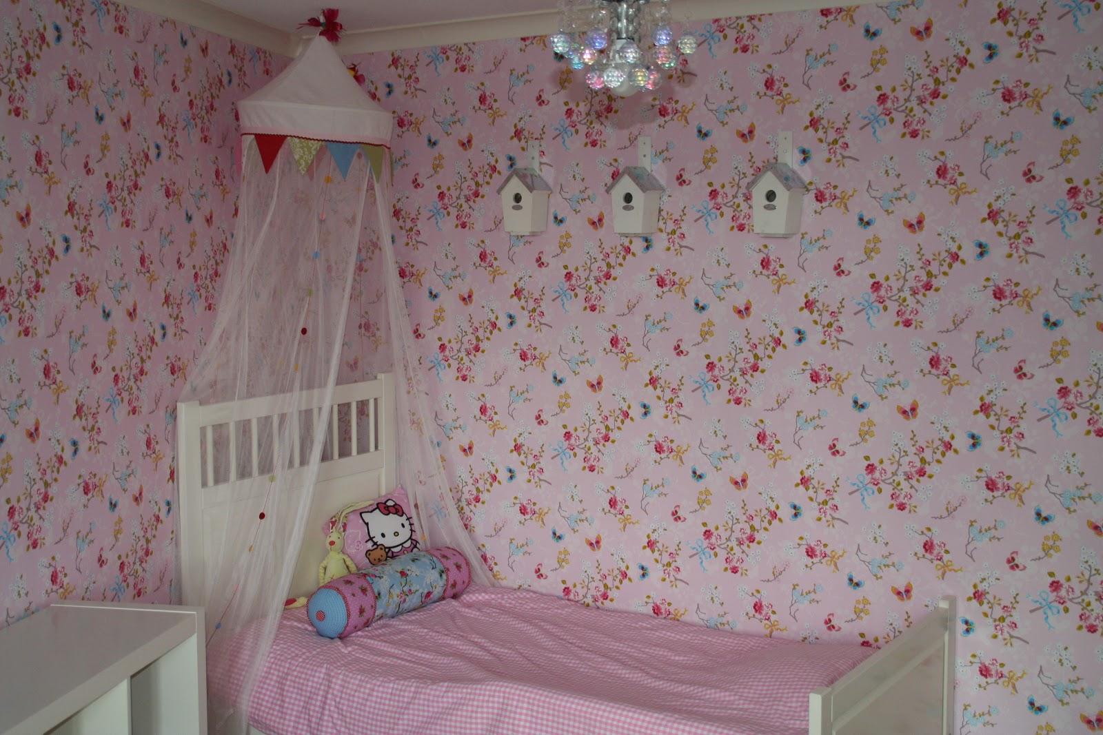Sot tof - Roze kleine kamer ...