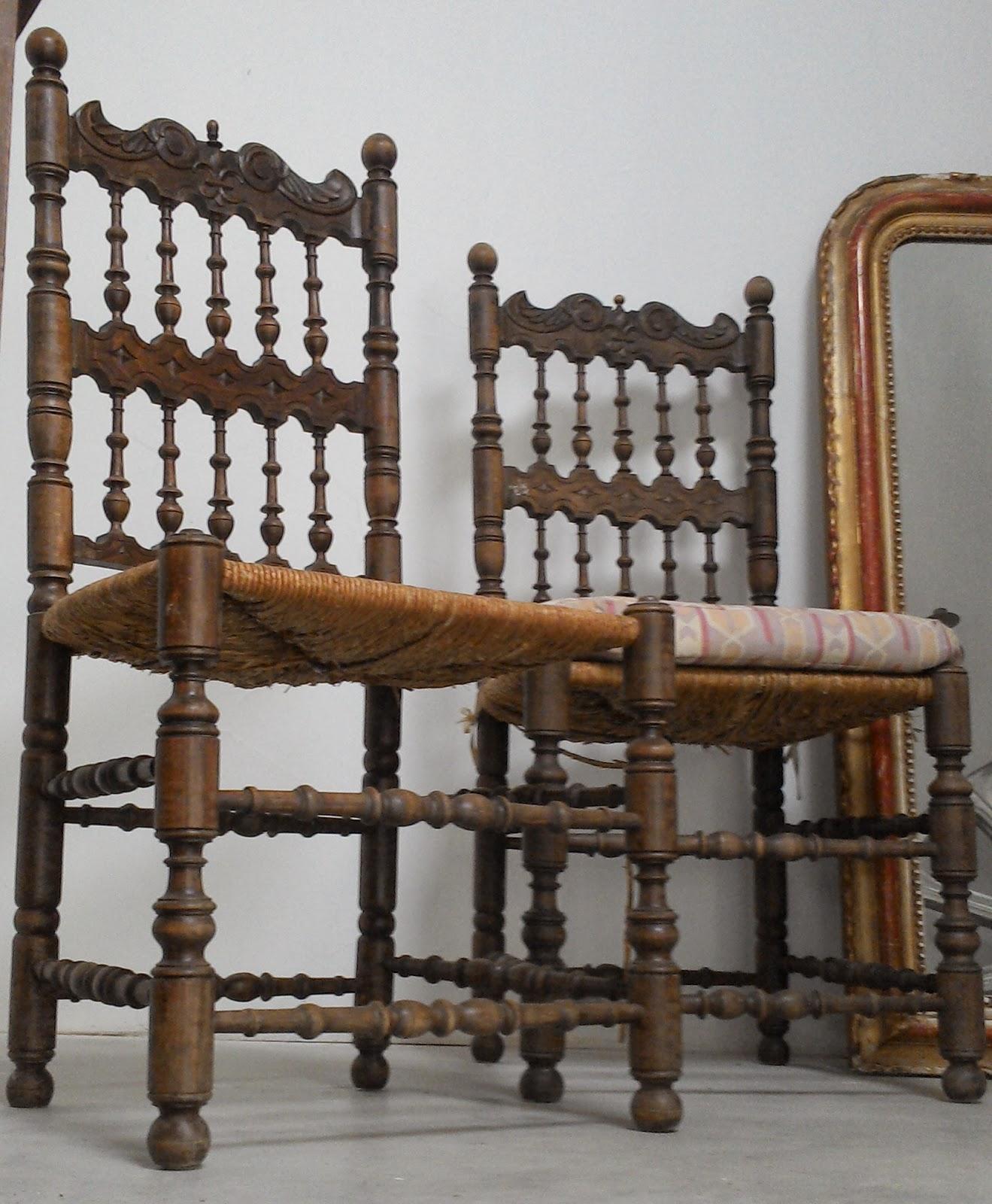 ancienne paire de chaises henry ii en bois noble g n reusement sculpt es. Black Bedroom Furniture Sets. Home Design Ideas