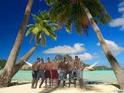 Esta es una foto editada de yo y mis amigos en una playa del caribe ;) (caribe editado)