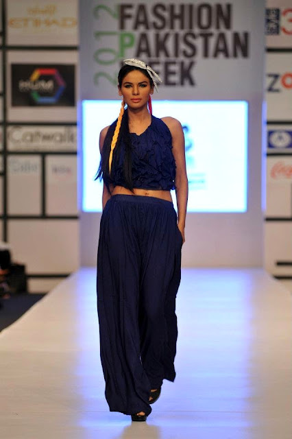 PERSIAN STYLE OUTFITS 2012 AT FASHION PAKISTAN WEEK