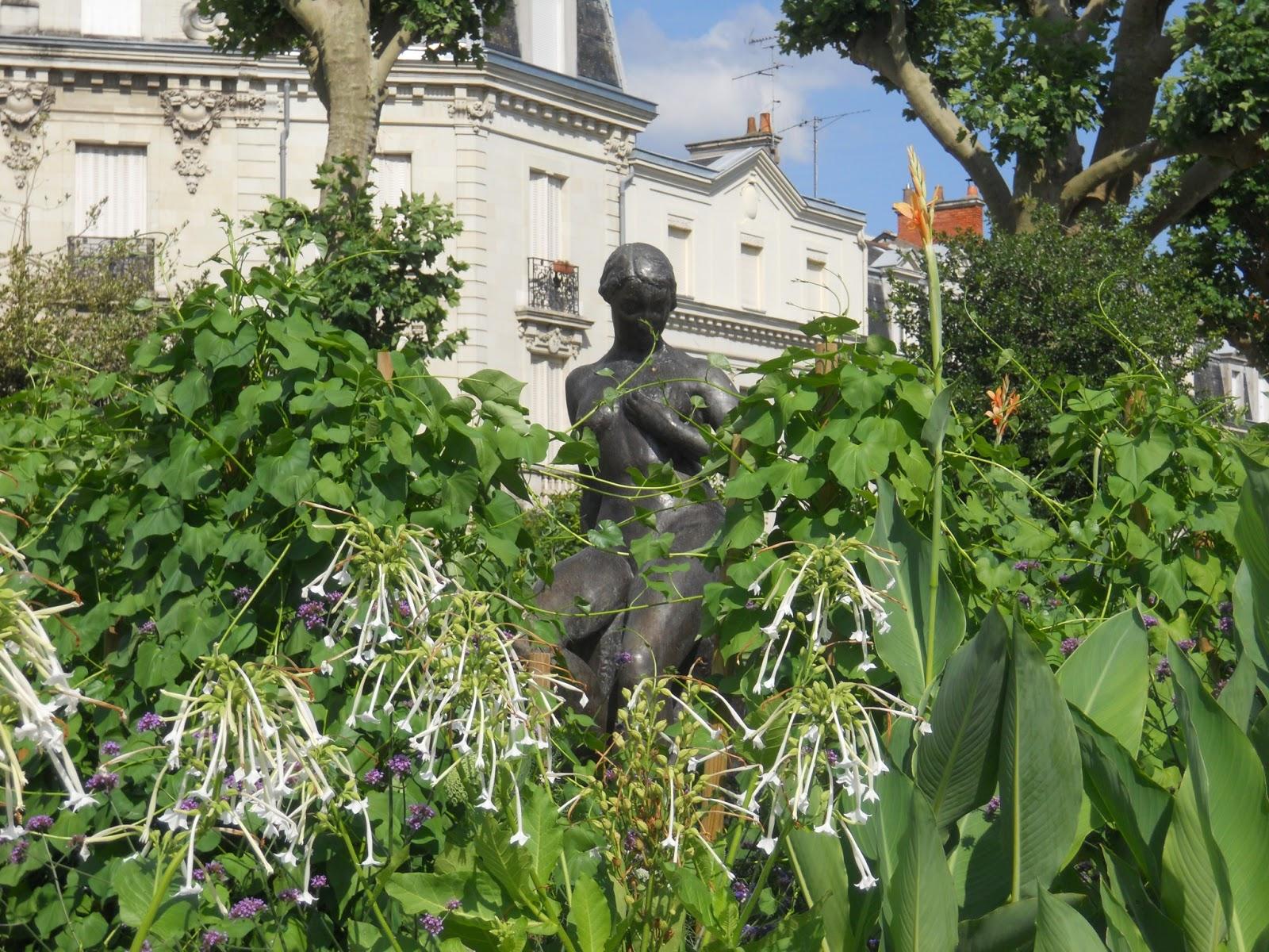 Anjou lumi res jardin du mail angers - Jardin interieur du lac angers ...
