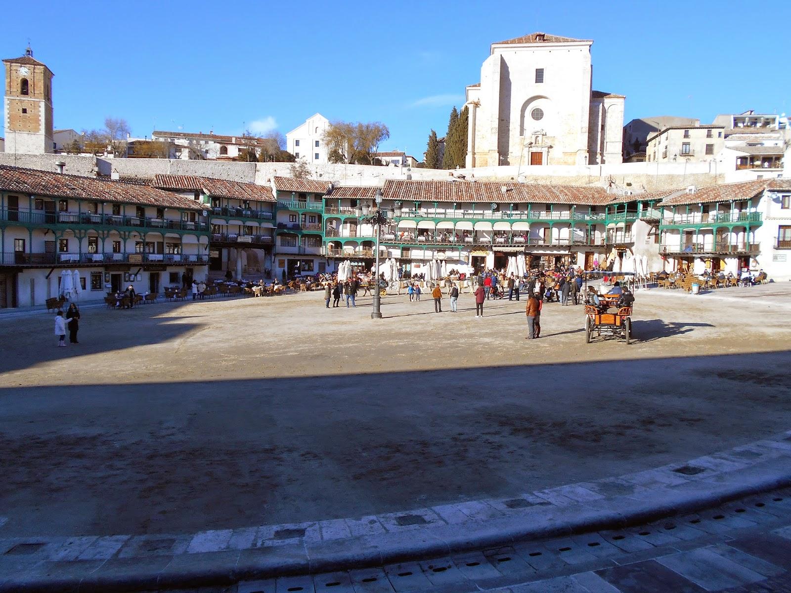 """Plaza Mayor de Chinchón, dónde se rodó la escena de Cantinflas toreando en """"La vuelta al mundo en 80 días""""."""