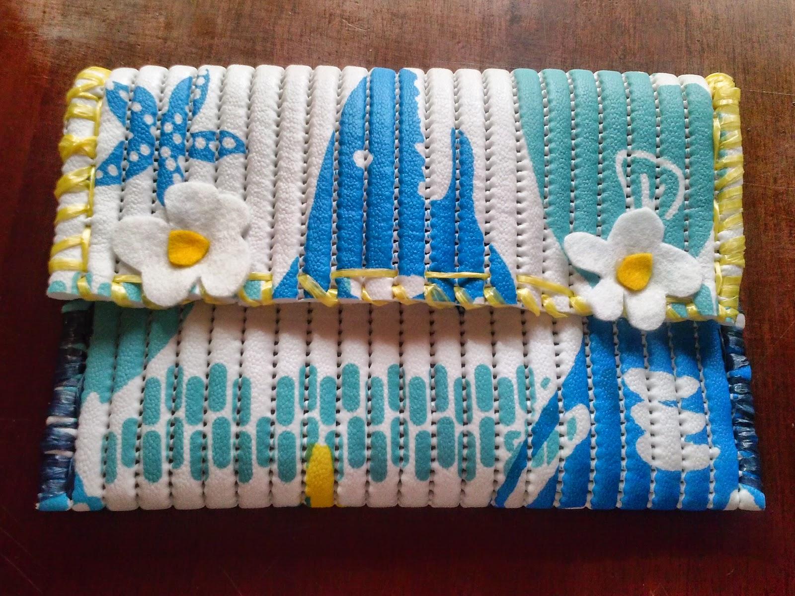Pochette con tappetini antiscivolo