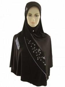 Jenis Hijab yang Wajib Wanita Miliki
