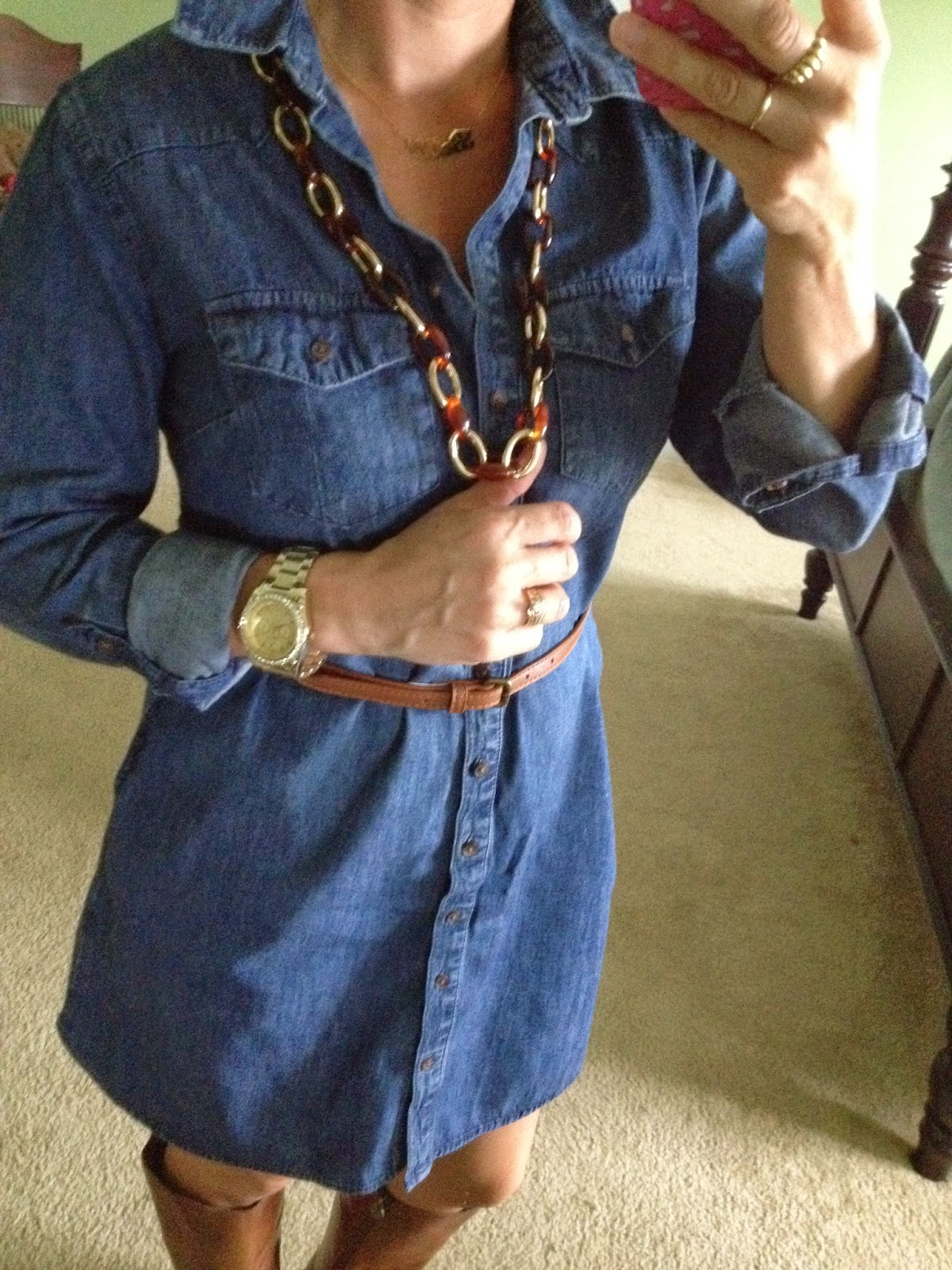 HOW TO STYLE A DENIM SHIRTDRESS FOR FALL