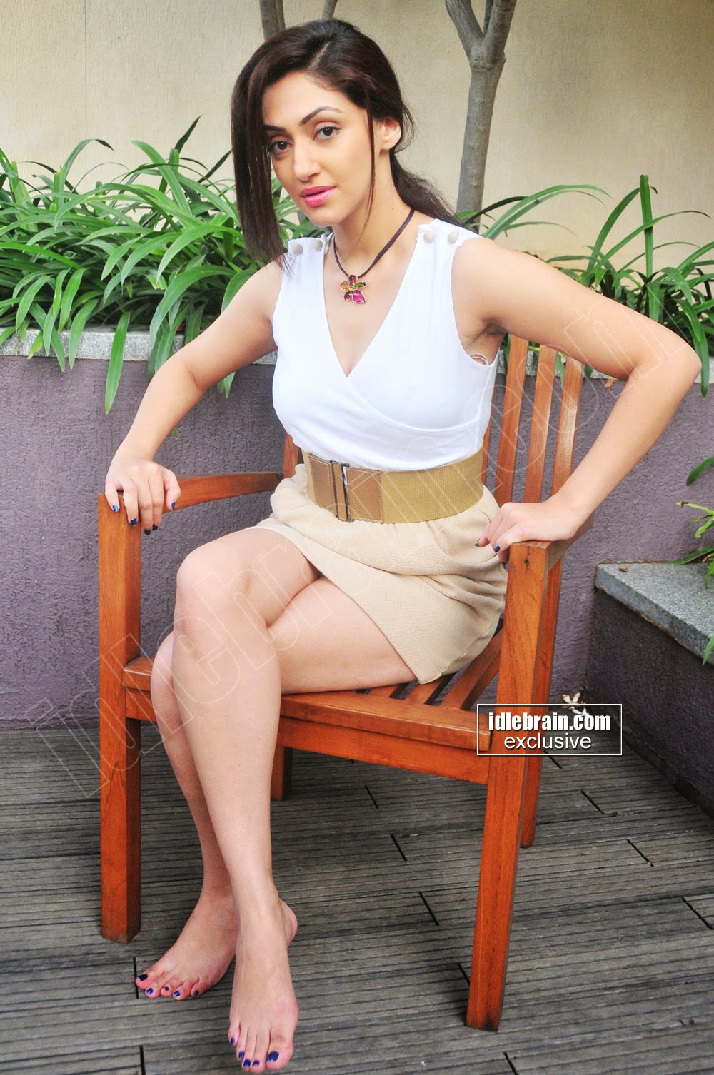 Reyhna Malhotra armpit