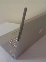 Apple  Macbook With 3G technology appear on eBay site