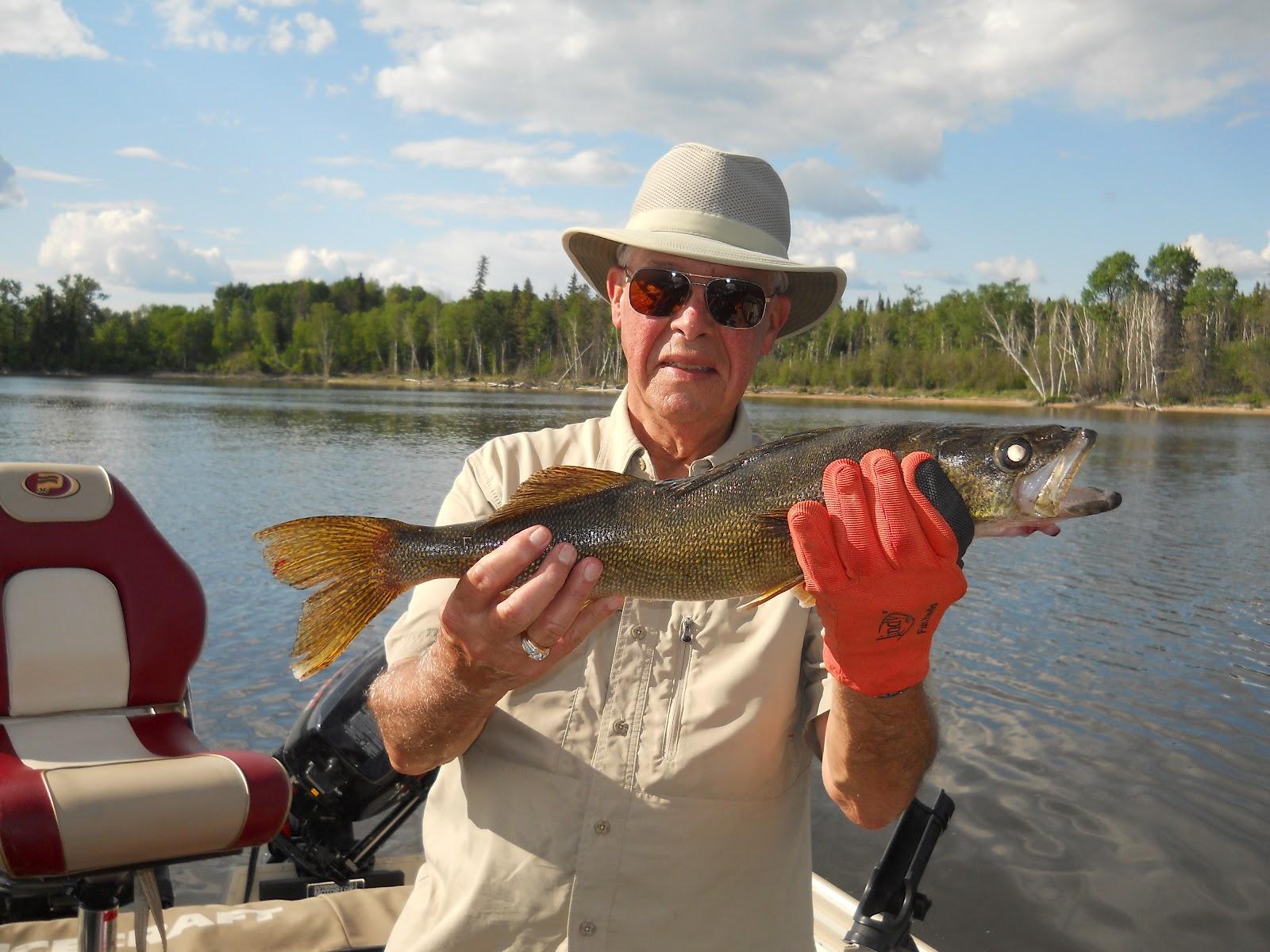 Let 39 s go fishing pakwash lake red lake ear falls for Lets go fishing