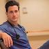 Ο ομορφότερος γιατρός του κόσμου βγαίνει ραντεβού για καλό σκοπό...