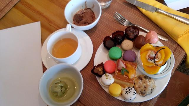 manila hotel, cafe ilang ilang, dessert, macaron, chocolate,
