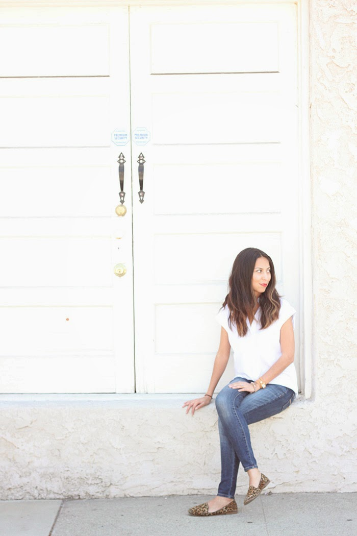 styling a white button down shirt