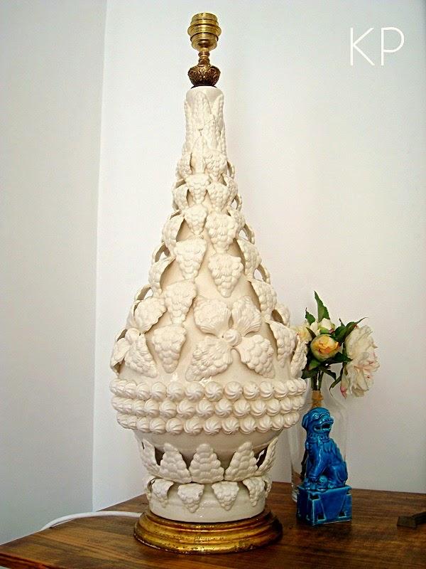 Lámpara manises ceramica color blanco. Lámparas de manises antiguas grandes